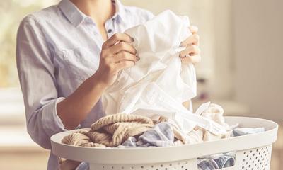 Come lavare a mano i vestiti