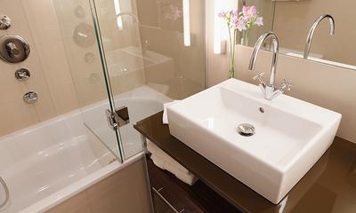 Come pulire e igienizzare il bagno ace - Muffa bagno candeggina ...