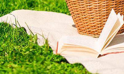 Come togliere le macchie di erba dai tessuti